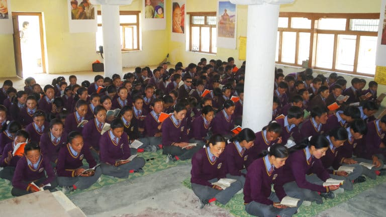 Students in class at the LMHS in Zanskar
